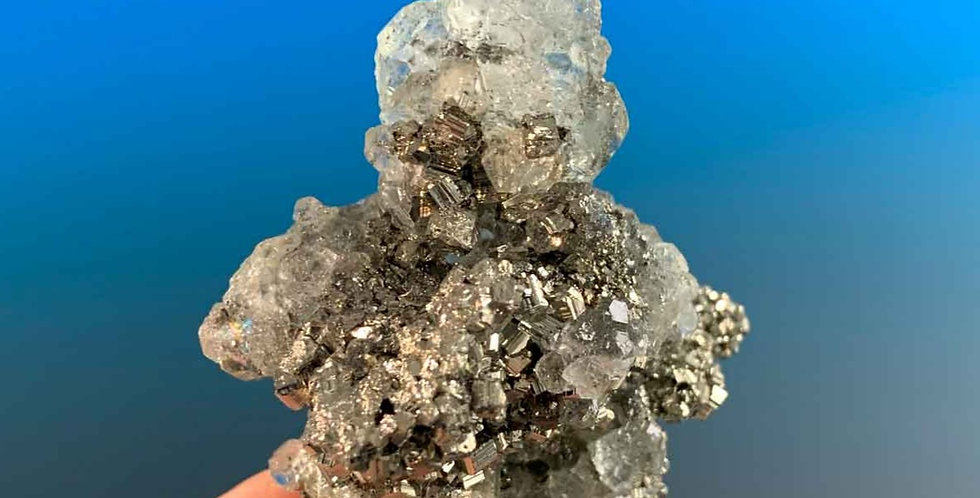 Fluorit , Pyrit – Naica, Chihuahua, Mexico