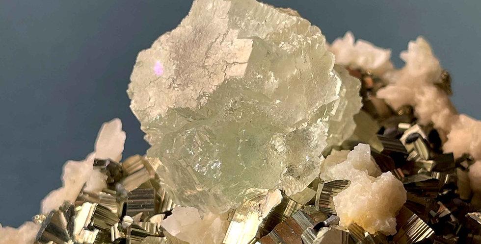 Fluorit, Pyrit, Bleiglanz, Calcit – Naica, Mexico