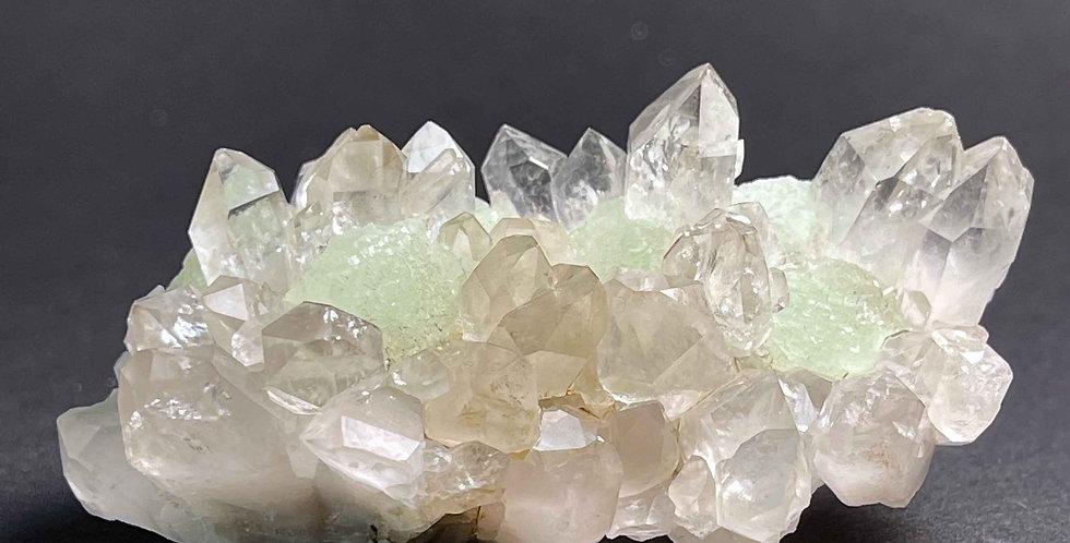 Fluorit auf Quarz – Xiefang, Provinz Jiangxi, China