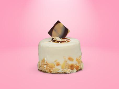 Almond mini cake
