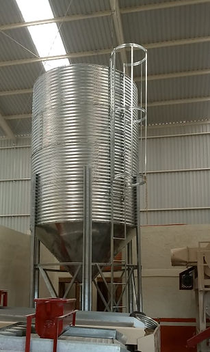 silo metálico