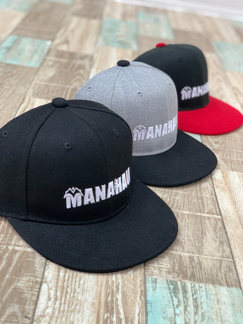 MANAHAU Logo フラットバイザーキャップ