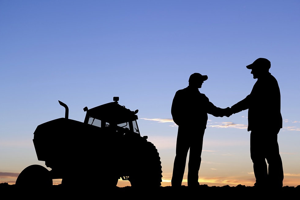 farmers-shakehands-484897193-shotbydave-