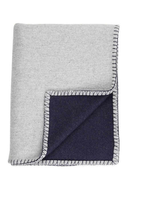 REVERSIBLE BLANKET STITCHED THROW | NAVY