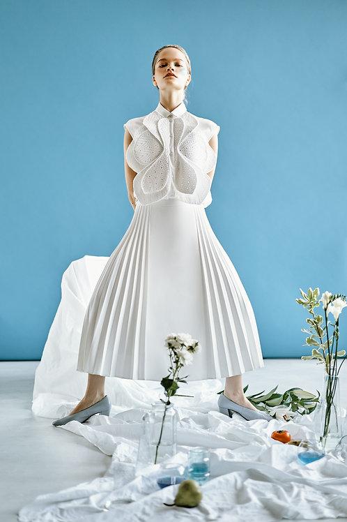 Блуза-цветок из шитья