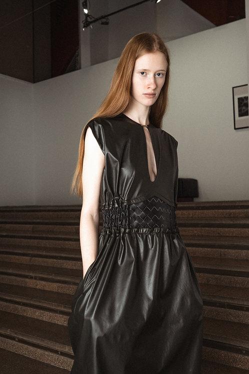Платье хаки из эко-кожи