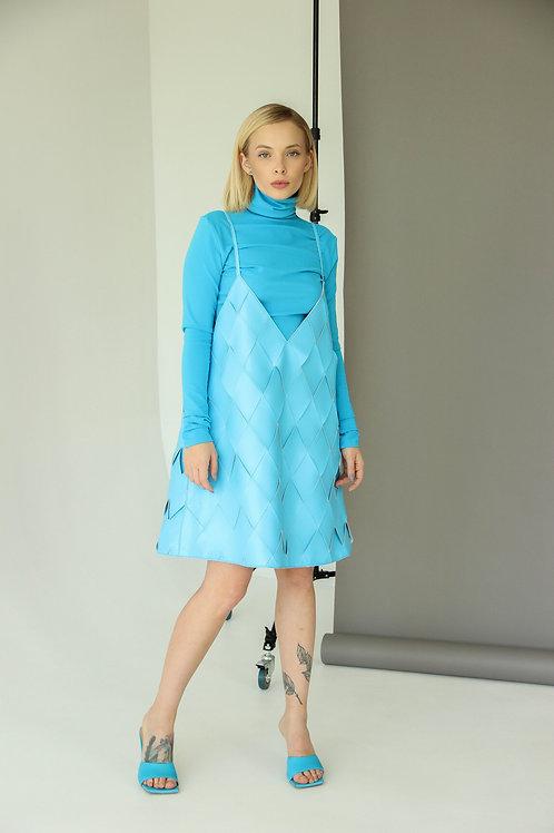 Плетёное платье BUTS8