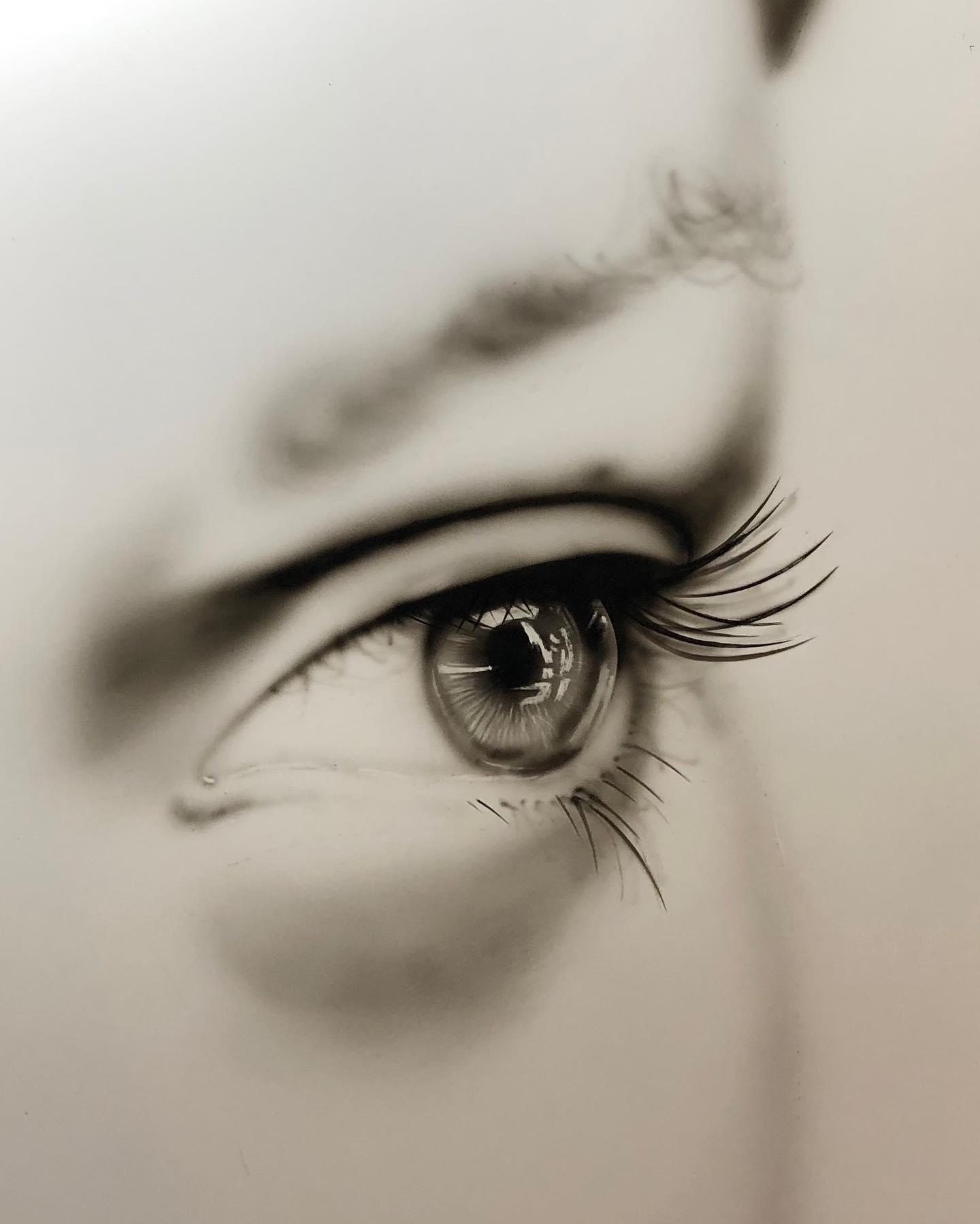 Eye Airbrush