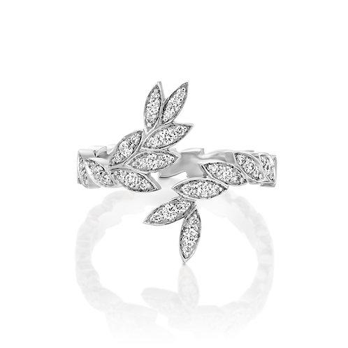 Serpentine Diamonds Leaves Ring