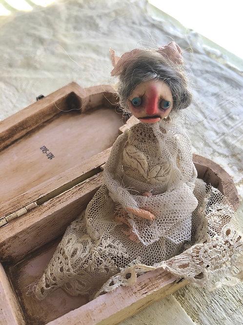 Halloween Doll - No:05337