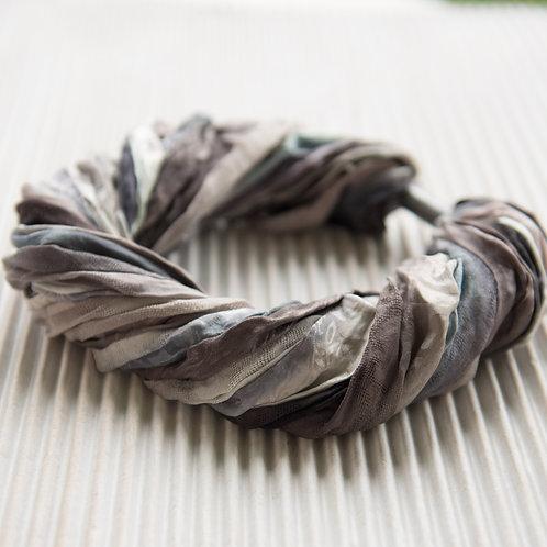 collier-foulard en soie