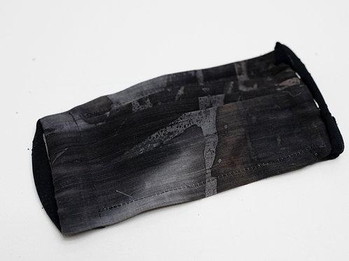 Gesichtsmaske aus Hanf/Seide, handbemalt; hier Grösse XS für 12-16J