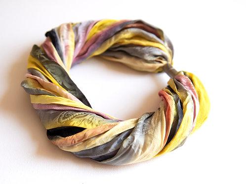 Seiden-Foulardkette mit Magnetverschluss