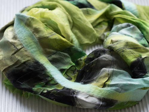 Châle en soie léger, avec de la laine alpaca feutrée