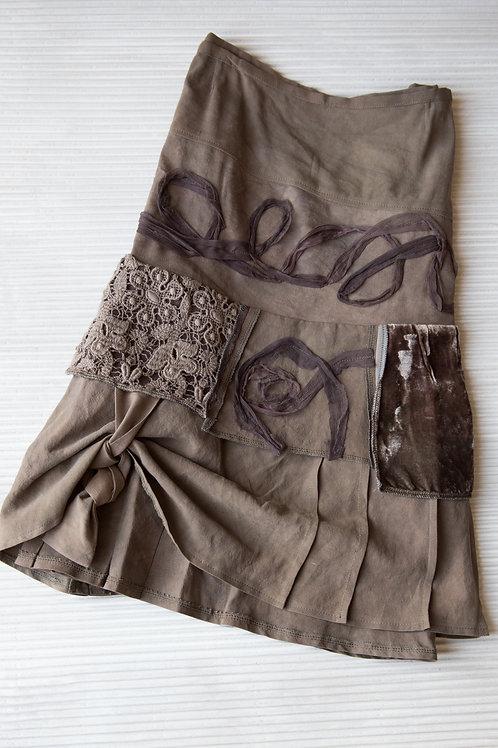 jupe en soie et lin; grandeur 38 en stock