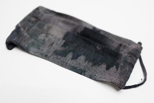 Gesichtsmaske aus Hanf/Seide, handbemalt
