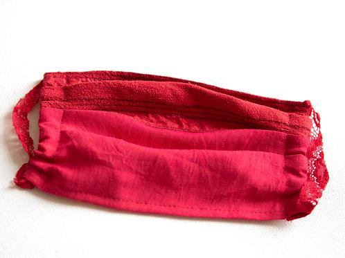 Gesichtsmaske aus Seide