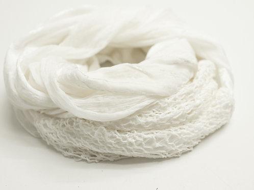 écharpe ronde en soie avec du tricot de soie et velours de soie