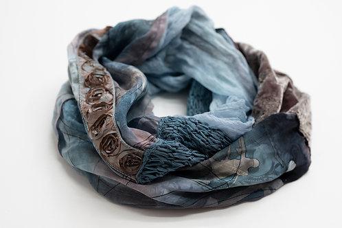 Echarpe ronde en soie avec tricot de soie et ruban rose