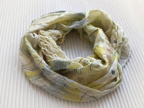 écharpe ronde en soie avec tricot de soie et ruban rose