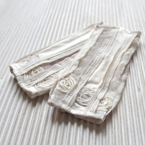 Pulswärmer aus Seidenjersey und Seidensamt