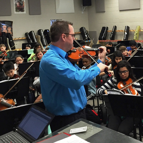 Teaching beginning violin class
