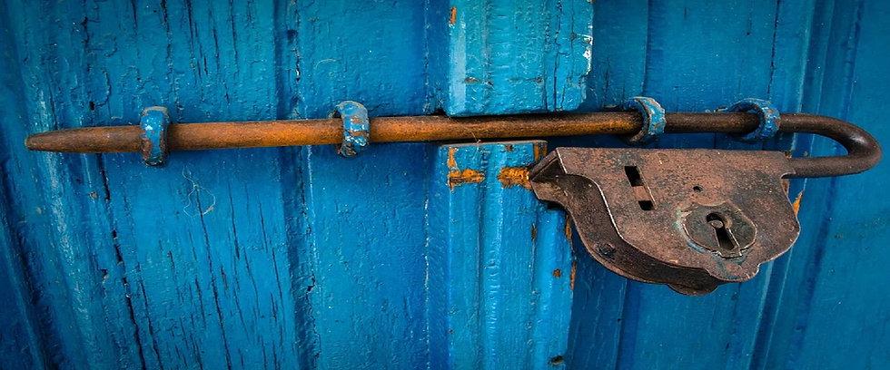 lock 2400x1000.jpg