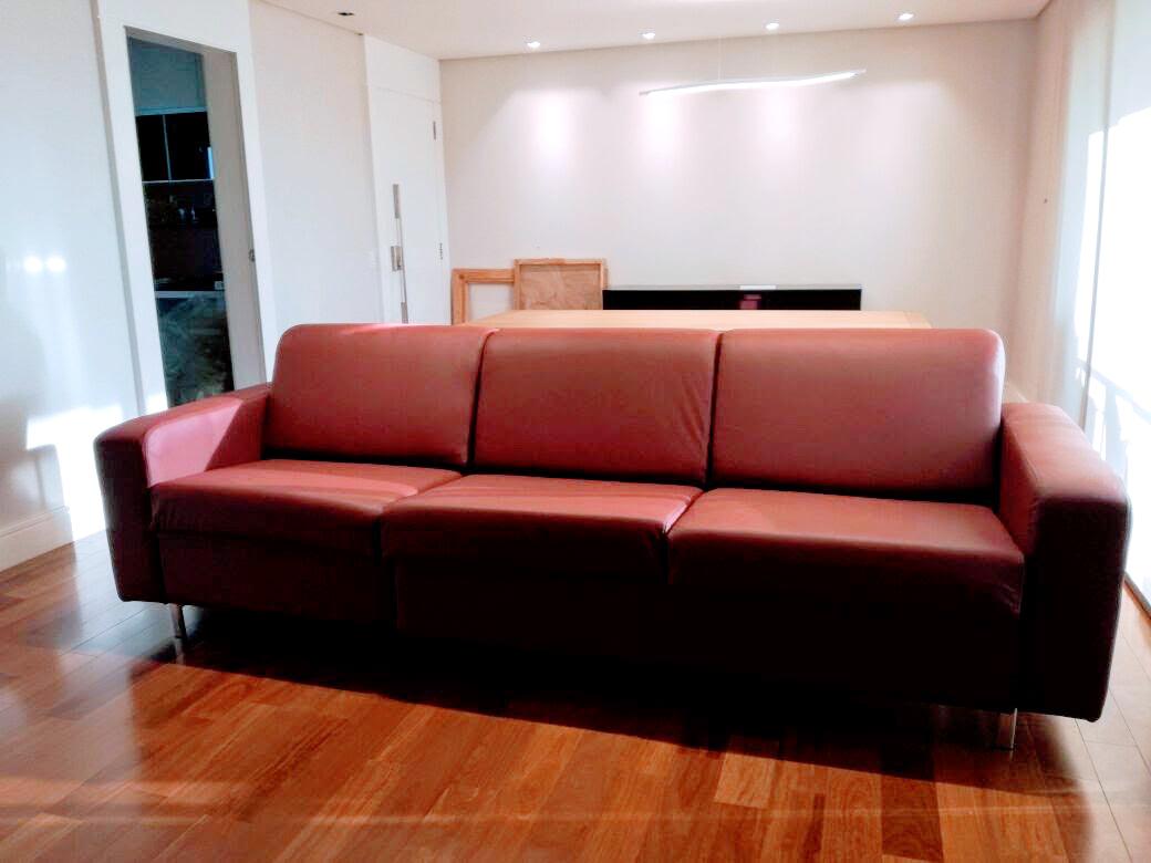 Sofá-cama Modelo Isabela couro