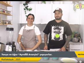"Tanya Kilitkayalı cooks ""Wild Asparagus Arachini"" with Tas Degirmen Olive Oil"