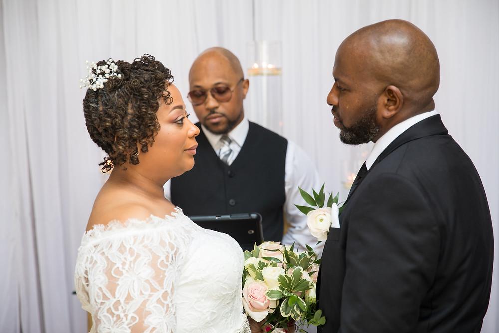 micro wedding ; intimate wedding