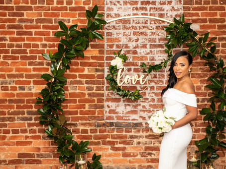 How to Choose an Elopement Wedding Dress