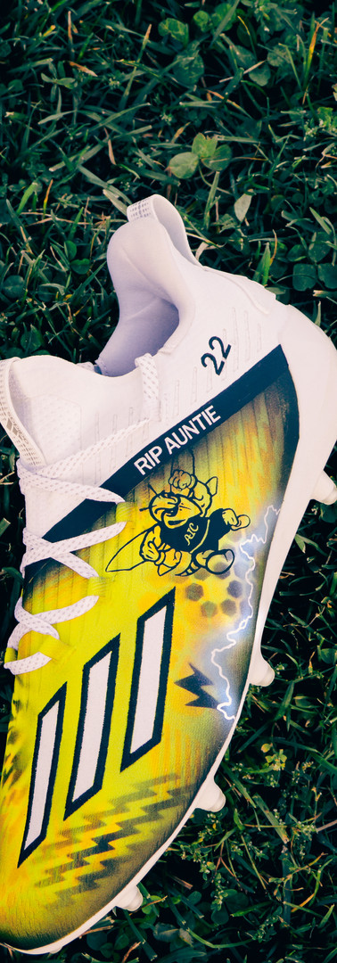 AIC Lacrosse Cleats