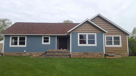 Markin Co Seamless Steel Siding on a Michigan home.