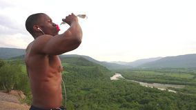The importance of H20 for fat loss and building muscle!