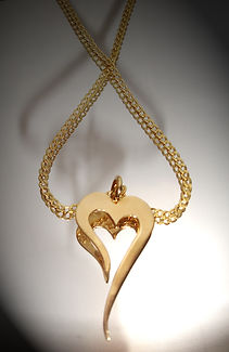 Gold heart pendant by Ibex Gold