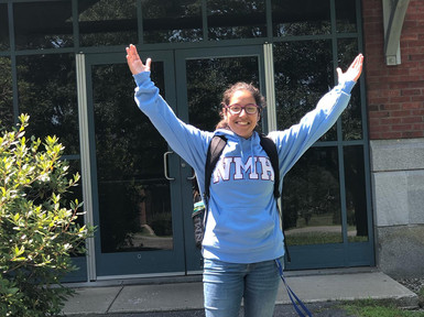 Not an Average Summer Vacation: PEAK Scholars Expand their Horizons on the East Coast