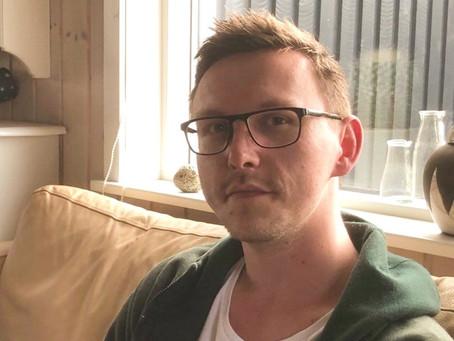 """Christian med Aspergers har accepteret sig selv: """"Jeg var den åndsvage. Det er jeg ikke længere"""""""