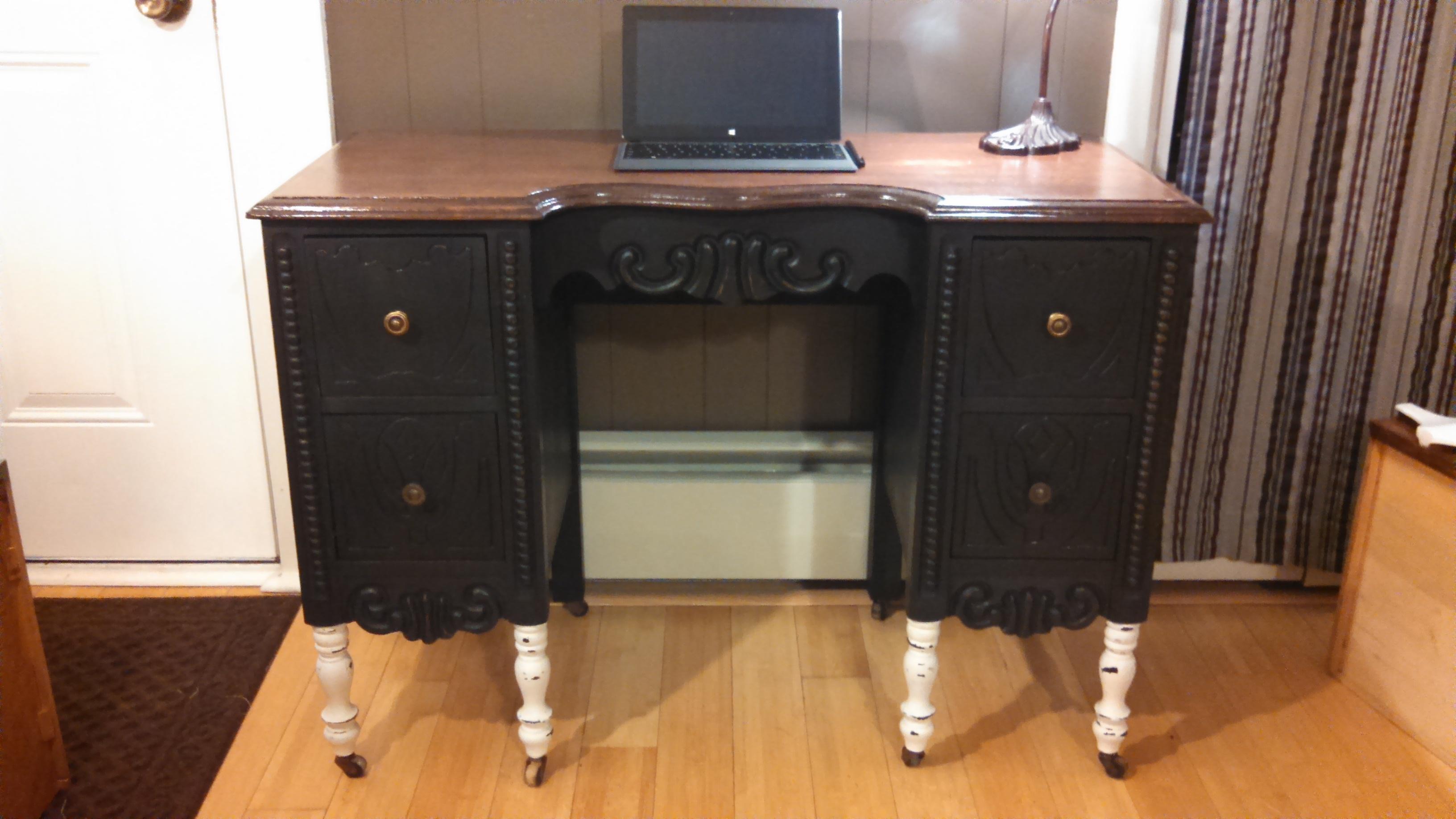 Vintage vanity/desk