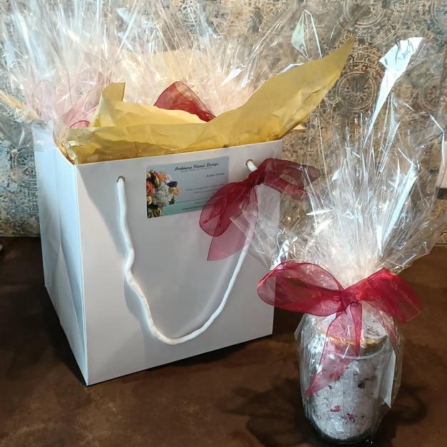 Pamper Pack Gift Bags