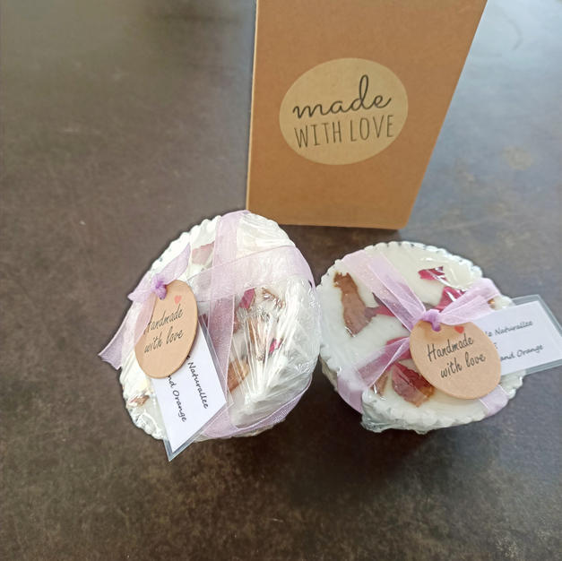 Hand made Naturalee Patchouli and Orange Soap