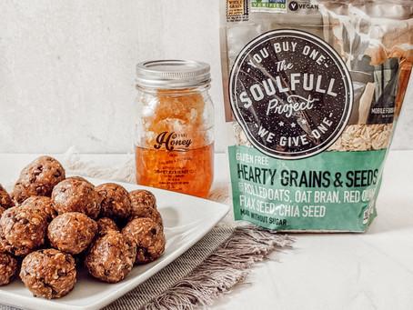 """Boobie Bites"" Recipe (Easy + Delicious Breastmilk Boosting No-Bake Energy Balls)"