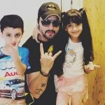 Shailesh Gulabani with children