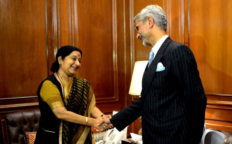 Subrahmanyam Jaishankar With Sushma Swaraj