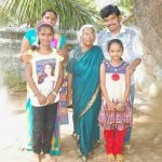 Sampoornesh Babu with his mother, wife and daughters