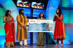 Roop Kumar Rathod and Sunali Rathod won Ustaad Jodi Award on Mission Ustaad