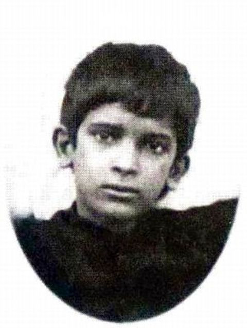 Dilip Kumar Childhood