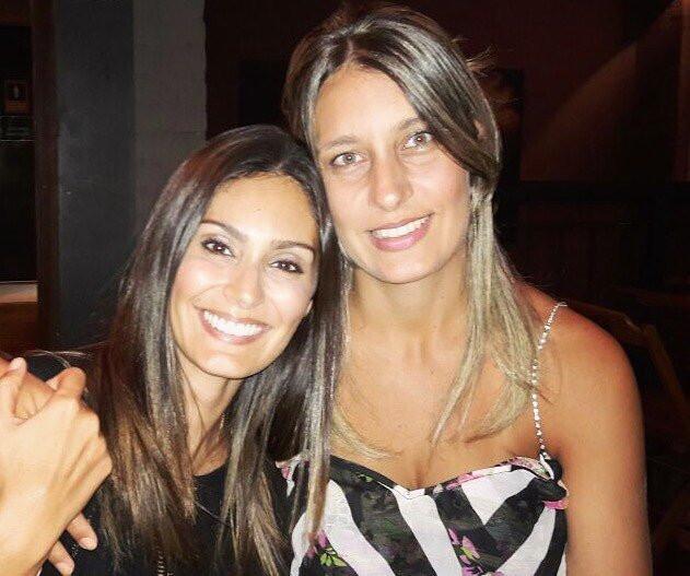 Bruna Abdullah and her sister