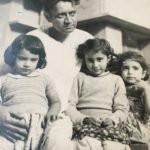 Saadat Hasan Manto With His Daughters
