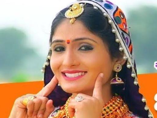 Geeta Rabari Age, Boyfriend, Husband, Family, Biography & More