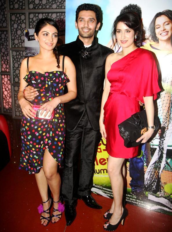 Chirag Paswan with his co-stars Neeru Bajwa (left) and Sagarika Ghatge (right)
